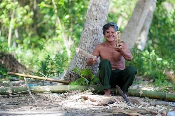 Những người nông dân hiền hậu nơi xã đảo