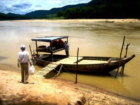 Khu du lịch Đại Bình bên kia sông Thu Bồn