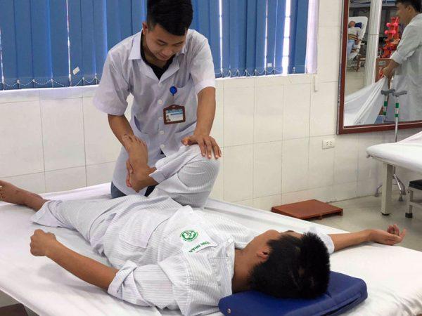 điểm chuẩn ngành phục hồi chức năng